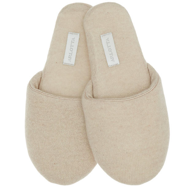 Arlotta Classic Cashmere Slide(Oatmeal, S),  Size S - Oatmeal Our fave way to end the day is to immediately take off all of our clothes as soon as we get home and snuggle up in a warm and fuzzy robe. Do you think we leave our shoes on?